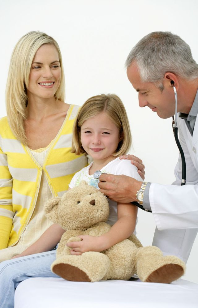 Mother and child with a pediatrician in Branson, MO