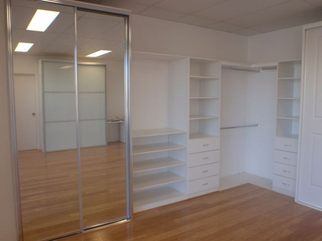 Custom Built Wardrobes In Fennell Bay Lakeview Kitchens