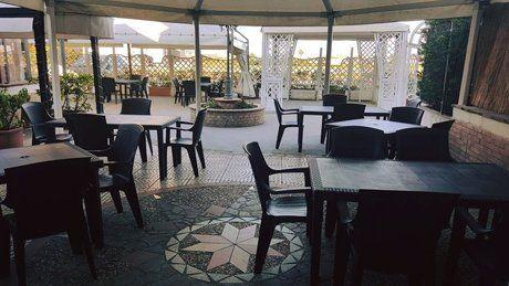 Vista interna del ristorante LA TAVOLA Corigliano Calabro