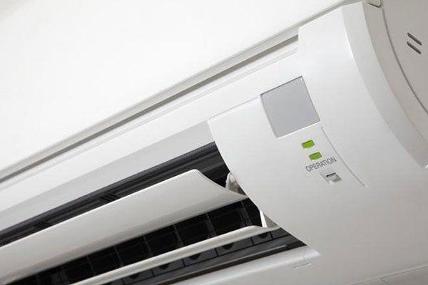 macchina Condizionatore d'aria all'interno dell'edificio