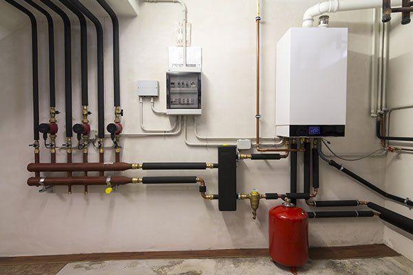 condensazione caldaia a gas nel locale caldaia