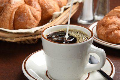 caffe con cornetti