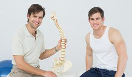 patient with the osteopath
