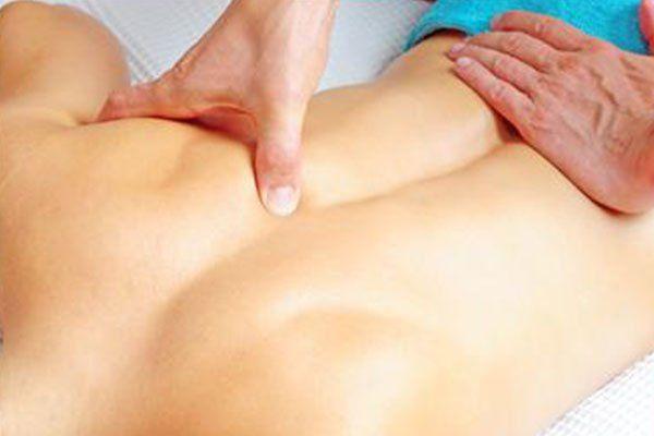 massaggio di una schiena
