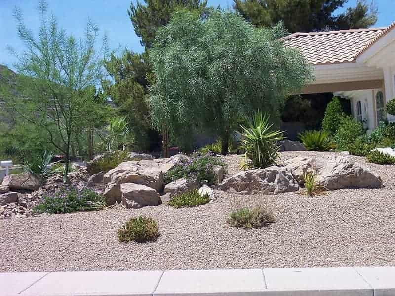 Gravel and Shrubs in Front of House - Custom Landscaping Services in  Henderson, NV - Custom Landscapes - Henderson,, NV - Energetic Lawn Care &Landscapes