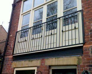 balcony railings