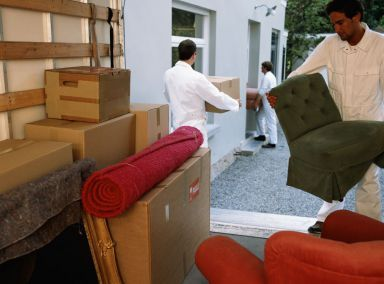 Movers Bringing your Belonging into Secure Storage