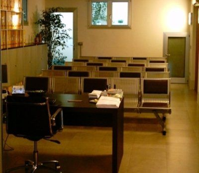 Sala riunioni attrezzata capace di 30 posti a sedere.