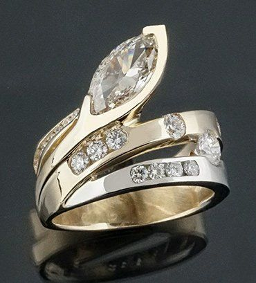 custom diamond engagment ring - rockford il