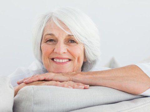anziana sorridente