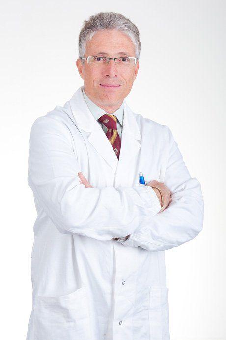 Professor Valter Ripetti, specialista in Chirurgia Generale e Colonproctologia a Roma