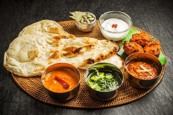 piatto indiano al curry insieme il pranzo