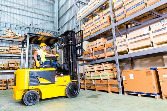 A man doing forklift license testing in Geelong