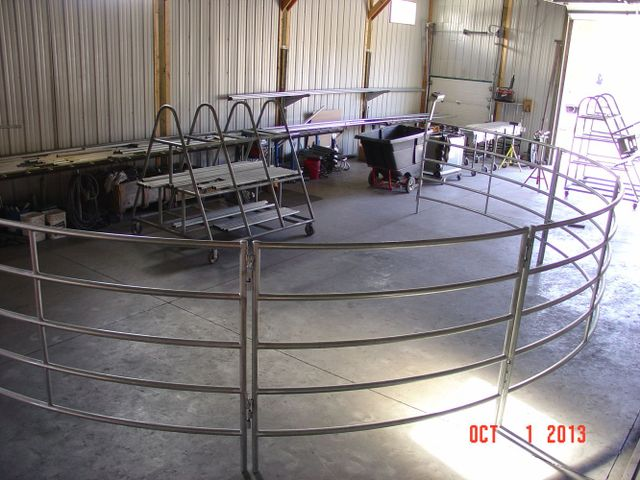Example of custom gates and fencework in Palmer, AK