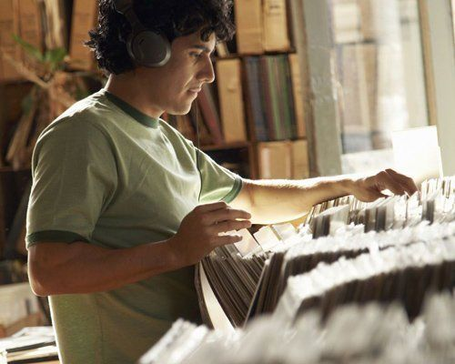 Customer looking for rare vinyl albums in Ohio