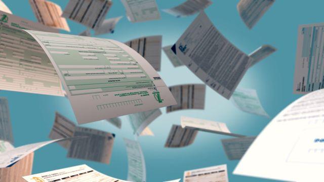 Immagine di documenti come modello ISEE e UNICO per la dichiarazione dei redditi a Lecce