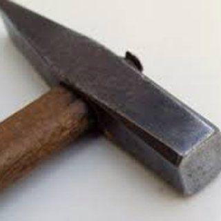 light metalwork hammer