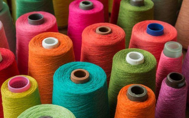 bambola di lana fatta  lana