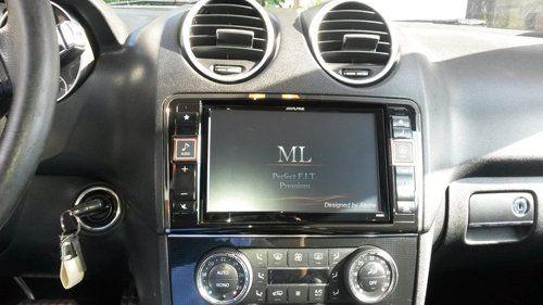 Stereo auto con monitor
