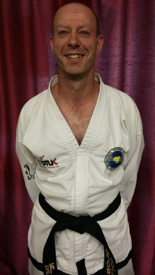 Mr Kevin Archer II