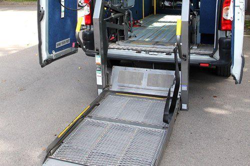Allestimento auto per trasporto disabili in sedia a rotelle a Padova