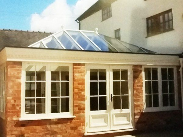 Conservatory in Willenhall by M&S Joinery