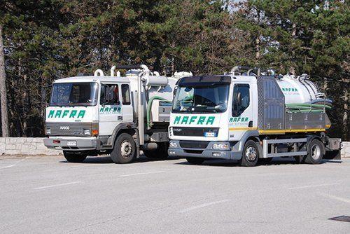 camion spurgo della ditta MAFRA