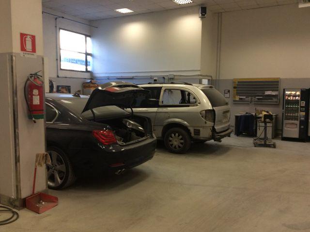 officina carrozziere, carrozziere, riparazione automobili