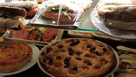 Pizza al trancio o intera a Bari