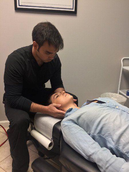 Ewa Beach chiropractor working