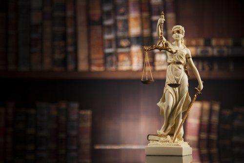 Dea bendata rappresentante la Giustizia