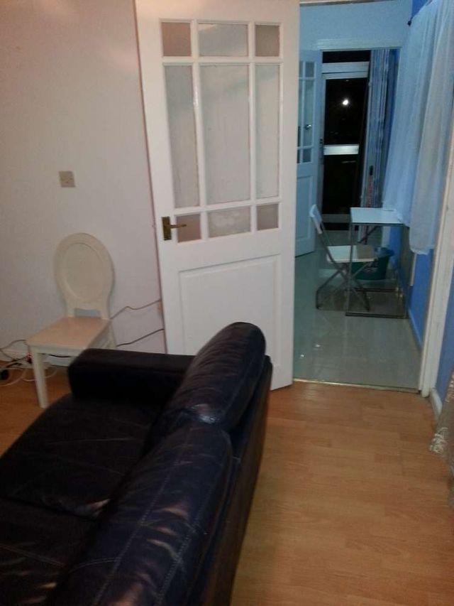 villa 4 couch