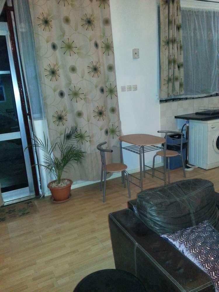 villa 5 couch
