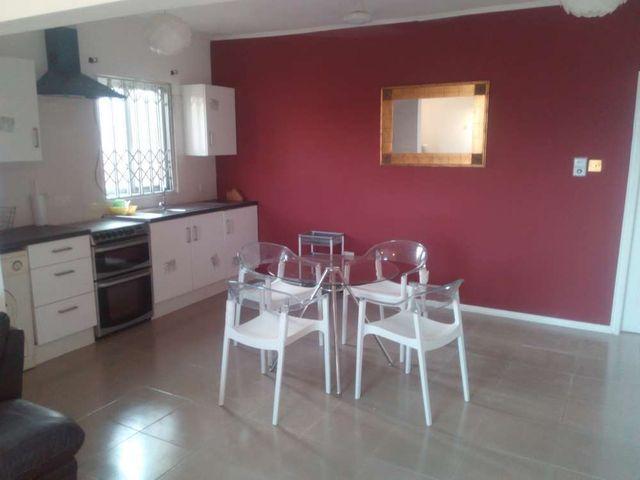 villa 6 kitchen