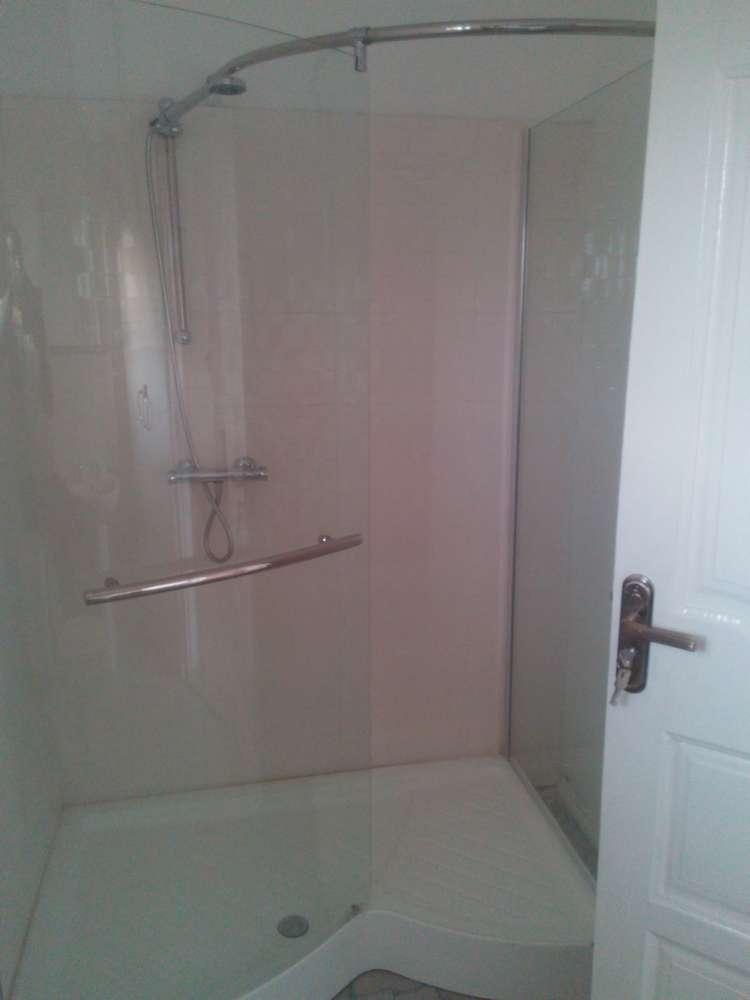 villa 6 bathroom