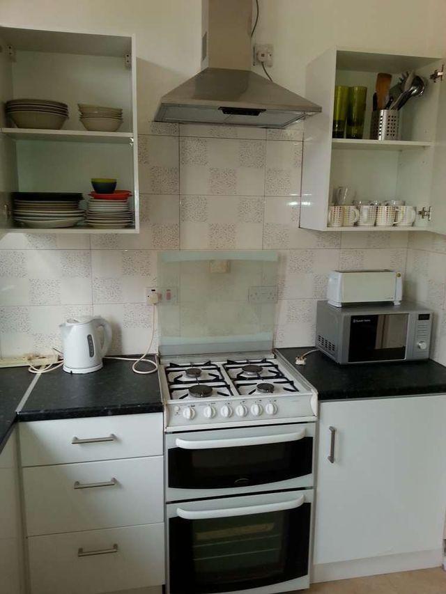 villa 3 kitchen