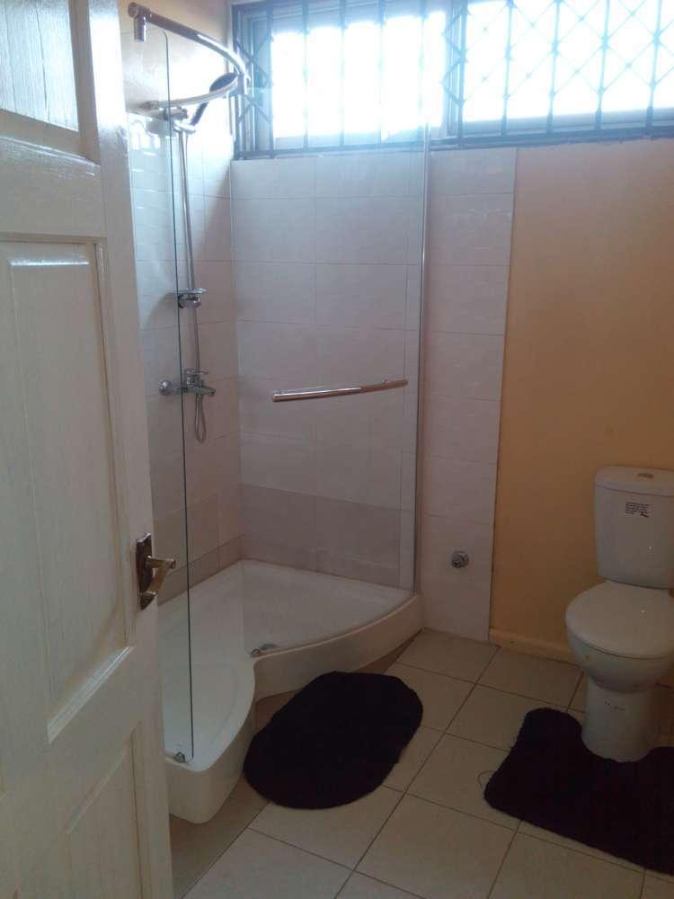 villa 3 bathroom