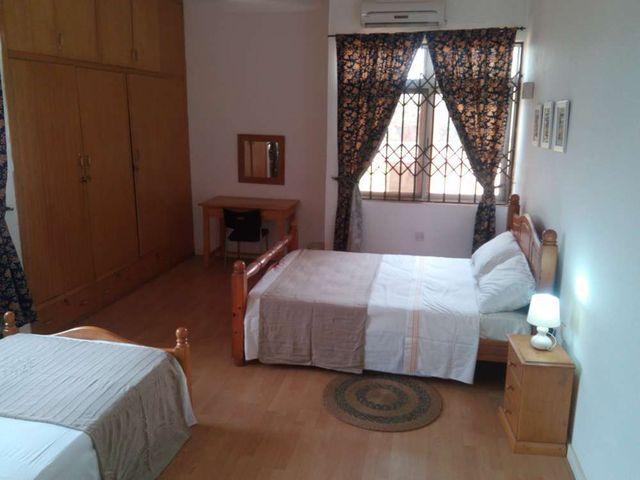villa 3 bedroom with 2 beds