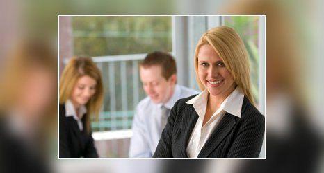 auto-enrolment assistance specialist