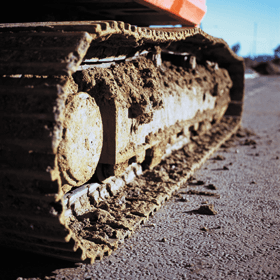 Excavators - Richmond, North Yorksire - Laverick Plant Hire - Excavator track