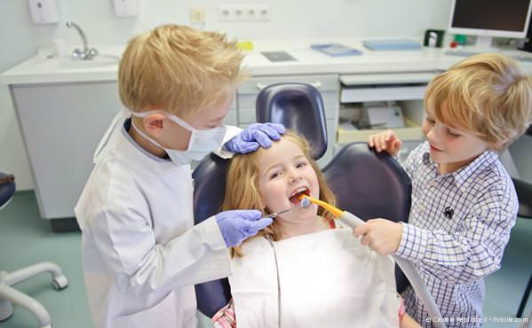 Praxis-Marketing Zahnarzt Kinderzahnbehandlung