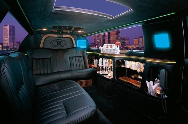 Lincoln Limo Service in Santa Monica