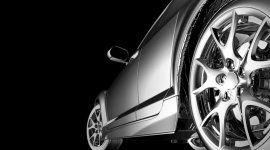 vista laterale di una macchina con ruota
