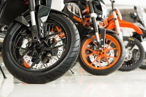 Ruote anteriore di moto con freno a disco