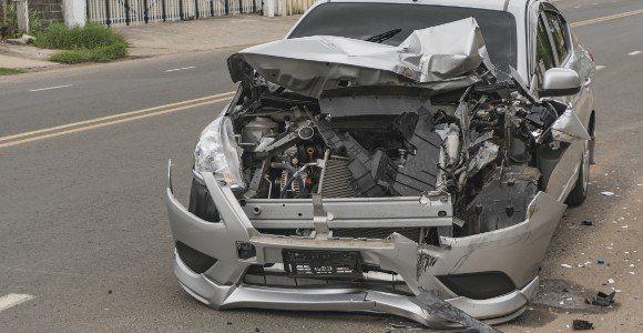 una macchina incidentata