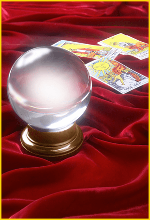 Crystal ball and Tarot cards
