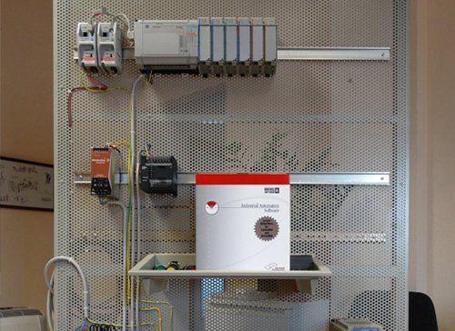 quadro elettrico e parti meccaniche