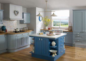 Midsomer kitchen in a shaker style
