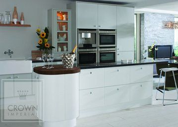aspen kitchen in white with built in cookers and microwave ovens
