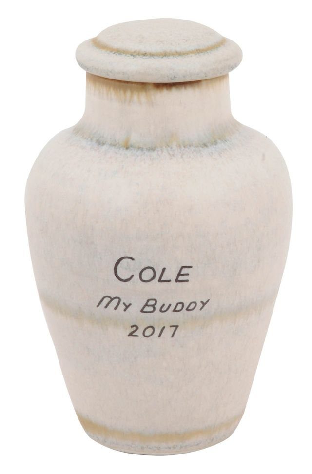 Timber urn for pet's urn